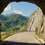 tunel de acceso al pueblo